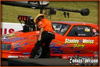 Dragstory.com's Review Of The Virginia ADRL Race With Stanley And Weiss Racing